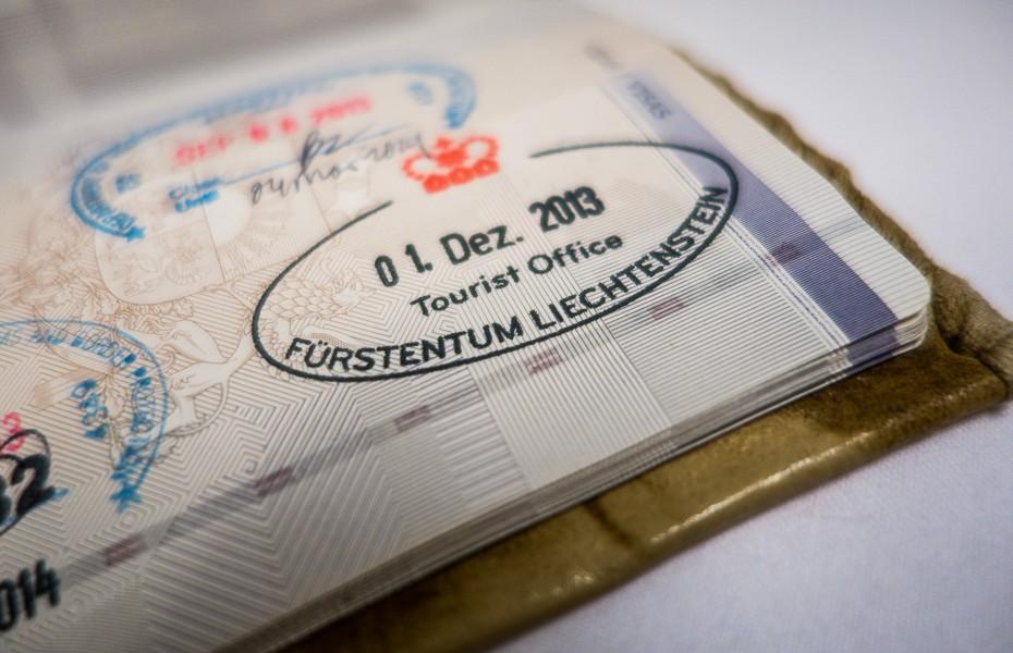 lihtensteina vaduca zimogs austrija sveice vacija turists celojums bizness nauda pase