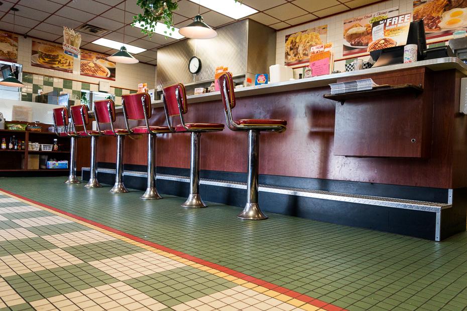 ceļmalas kafejnīca diner amerika paēst lēti ietaupīt
