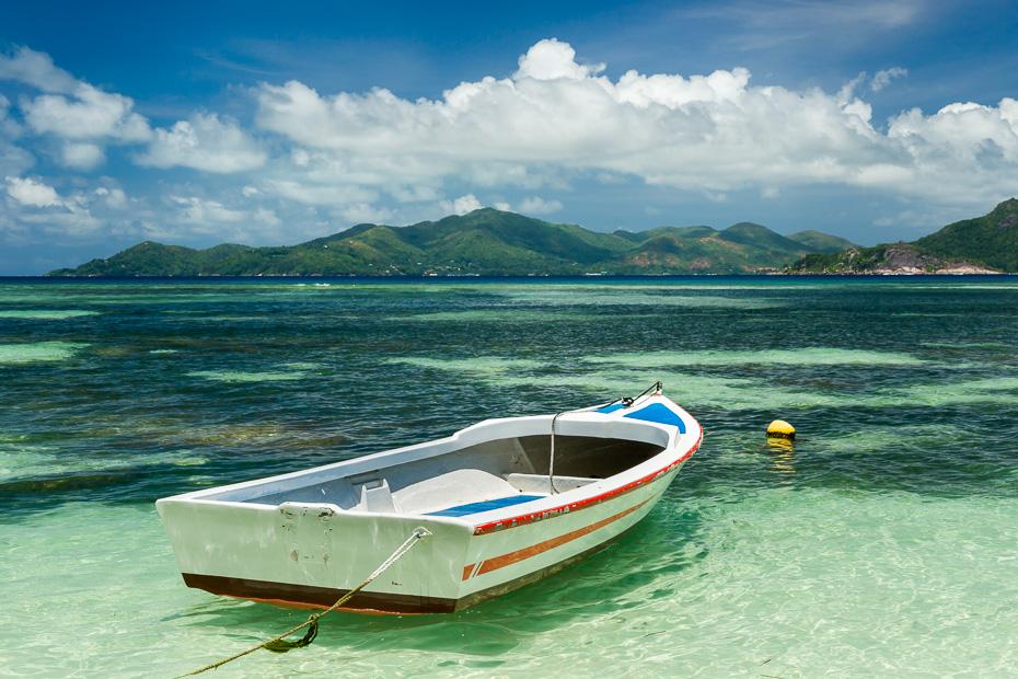 seišelas indijas okeāns ūdens pludmale paradīze brīvdienas atvaļinājums