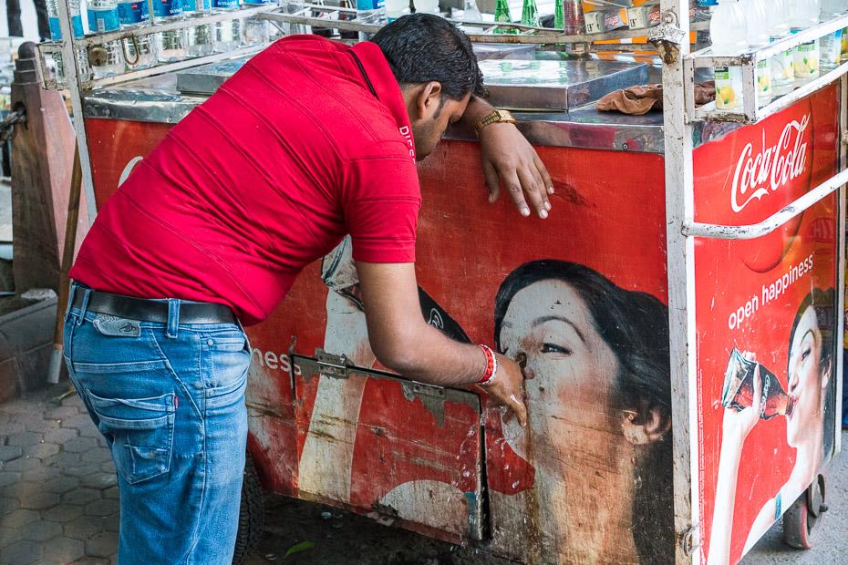 ielu tirgotājs deli indija