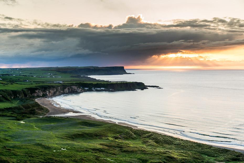 baltā pludmale ziemeļīrijā
