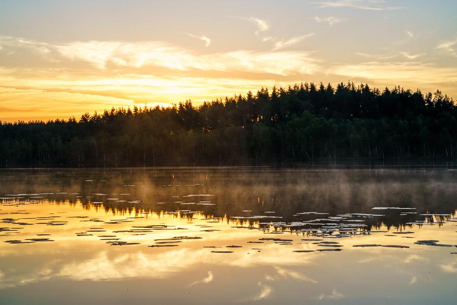 saullēkts tīrumnieku ezerā