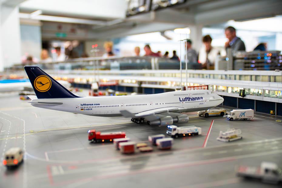 Cik liela ir kompensācija par atceltu vai aizkavētu lidojumu