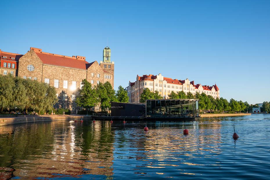 Granīta māja Helsinkos