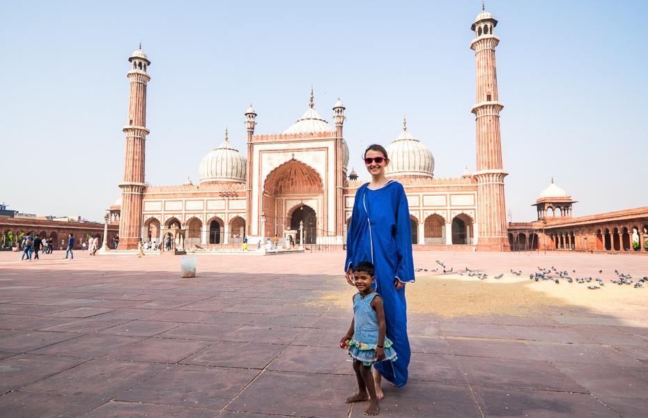 jama masjid indija deli mošeja diedelnieki bērni