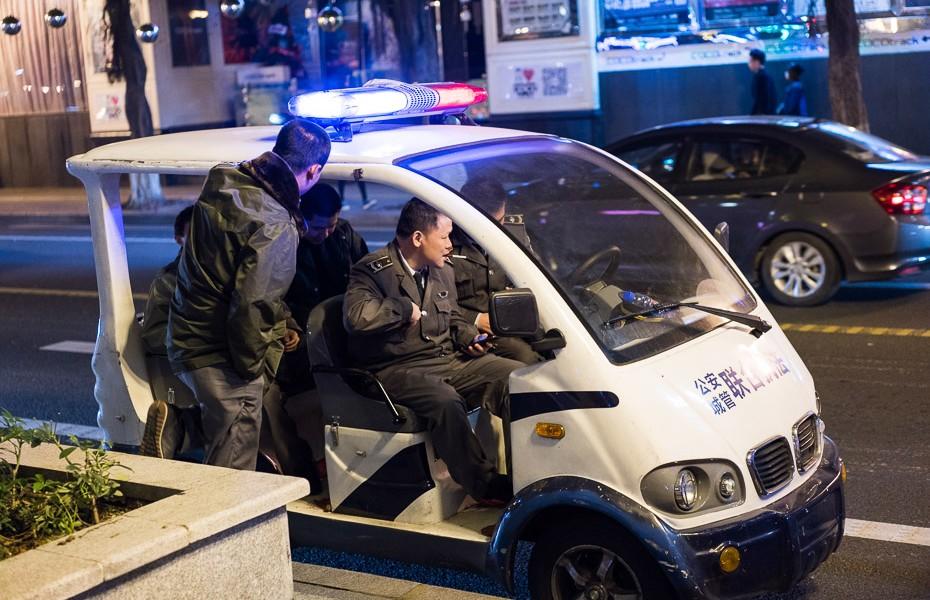 policijas golfa mašīna ķīna