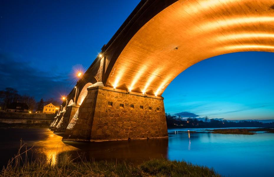 tilts naktī kuldīga