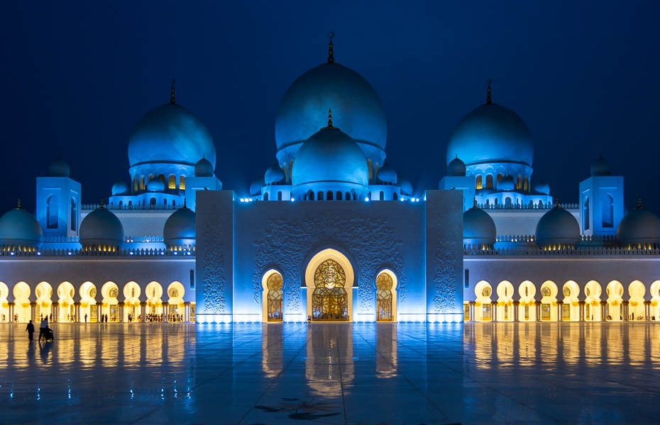 Ceļojums uz Emirātiem: apskates vietas Abū Dabī un Dubaijā